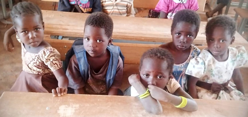 enfants_déplacés_a_l'ecole 2